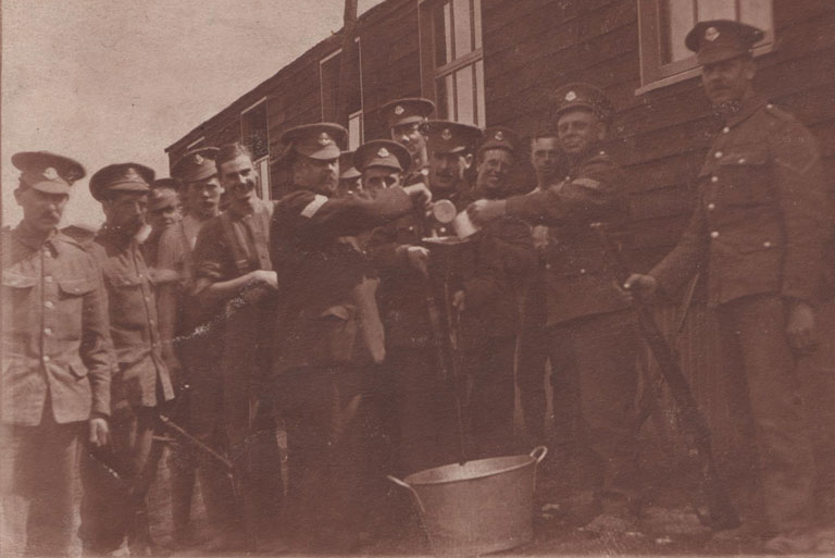 1915 - Arthur Dawson, 5th left